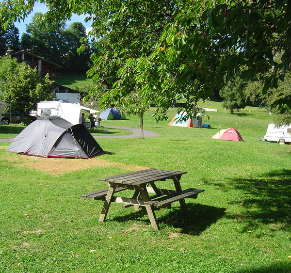 Camping Grand emplacement tente Megève